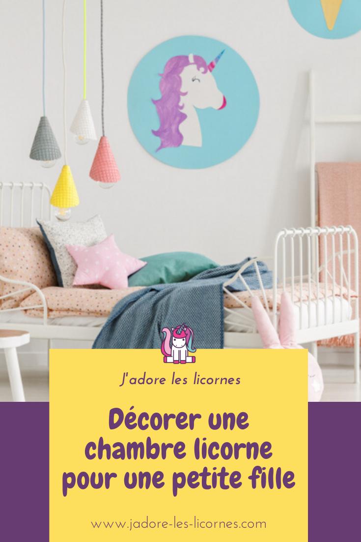 Si tu es en quête de trouver de la décoration toute mignonne pour créer la chambre licorne parfaite pour ta fille, voici quelques éléments pour t'inspirer.
